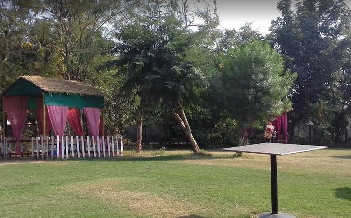 Hill's Restaurant And Cafe Lashkar Gwalior - Wedding Lawn