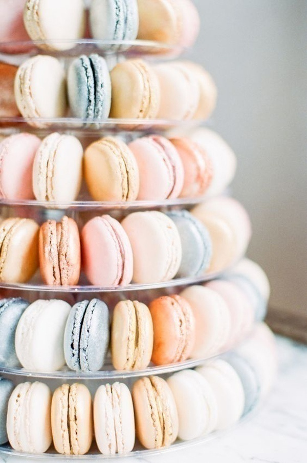 Stack Em' Up: Macaroon Wedding Cakes