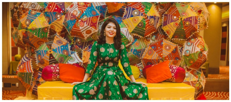 Rajat & Priyanka Gurugram : Colourful outfits and ethnic decor- this shaadi is #goals for couples who want to keep it desi!