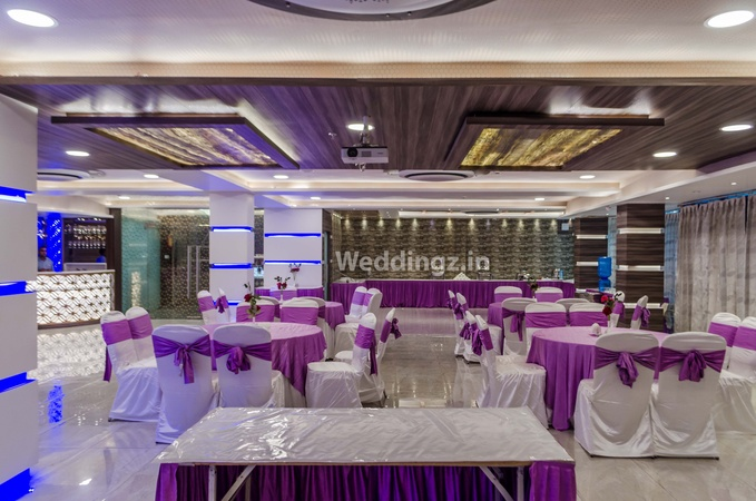 Hotel Pal Paradise Hazratganj Lucknow - Banquet Hall