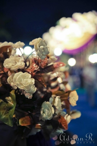 Exquisite faux flower wedding decoration ideas