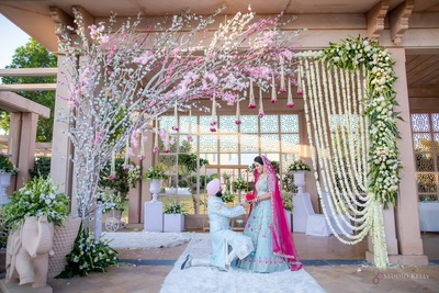The groom porposing to the bride against this gorgeous decor is something you wouldn't want to miss!