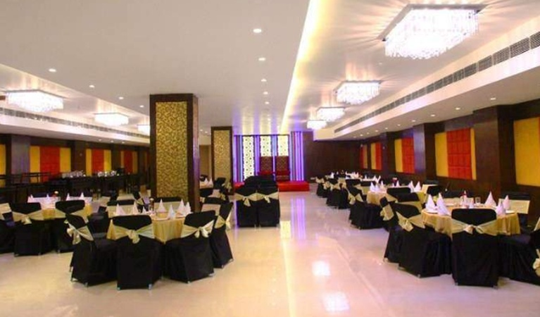 Country Inn INA Colony Amritsar - Banquet Hall