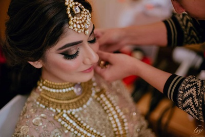 The bride is getting ready for her wedding!