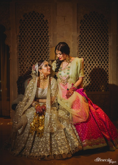 beautiful picture of the bride with her sister