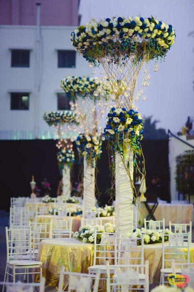 Beautiful centerpieces for the wedding table setting