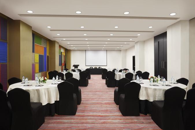 Crowne Plaza Pune City Centre Yerawada Pune - Banquet Hall