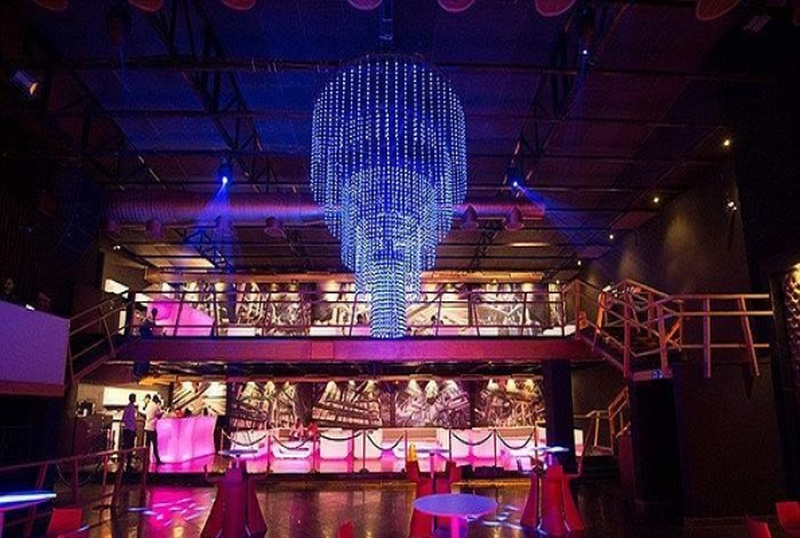 Best places to throw a party in Indore