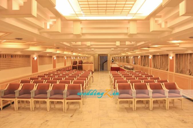 Payyade International Hotels Kandivali West Mumbai - Banquet Hall