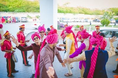 Band + Baaja + Baaratis = Unlimited Joy!