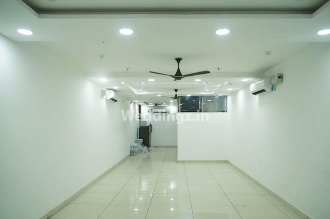 TriCity Hotel Premia Zirakpur Chandigarh - Banquet Hall