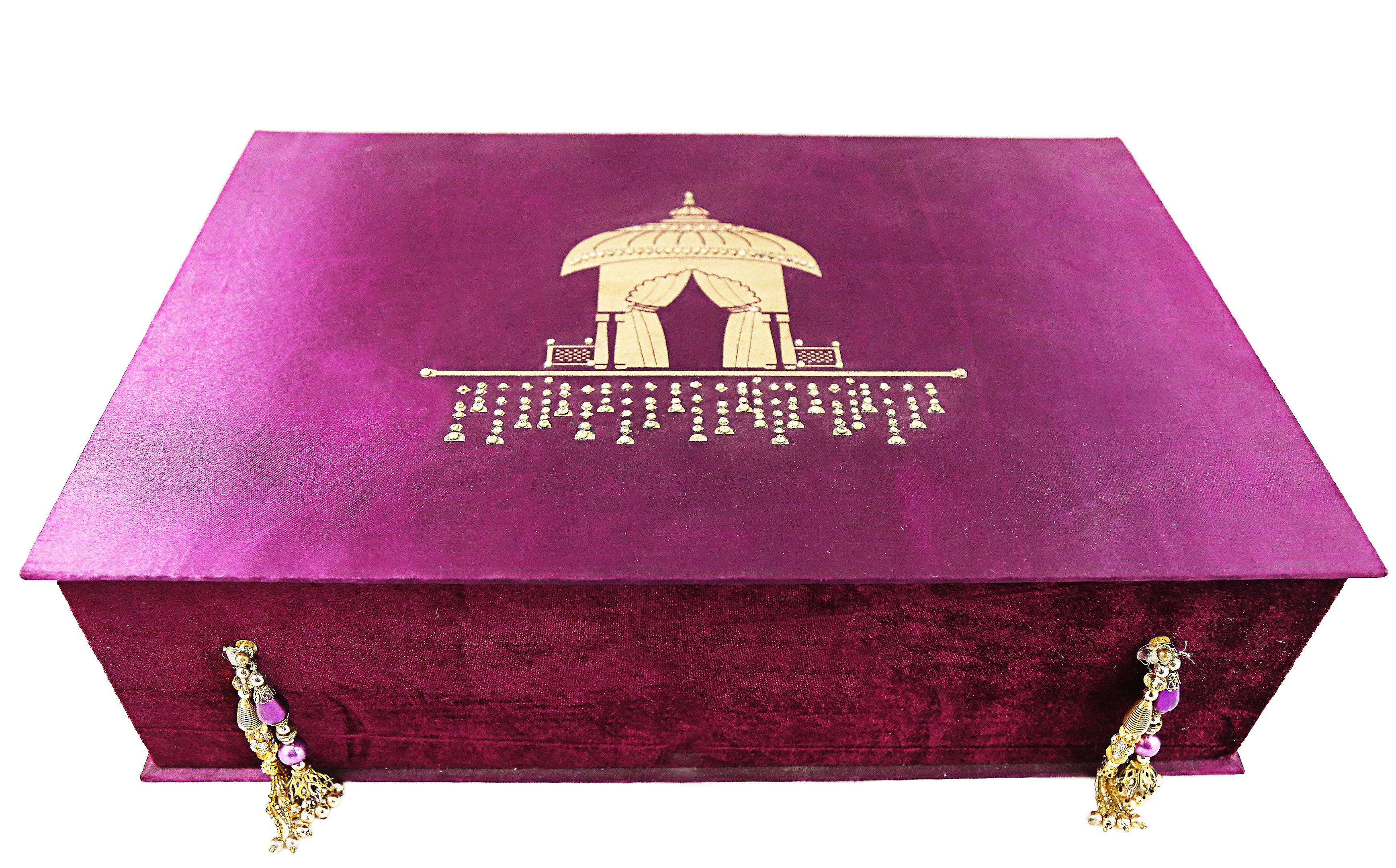 Buy Wine Doli Trousseau Gift Box (Large) online | Gift Items ...