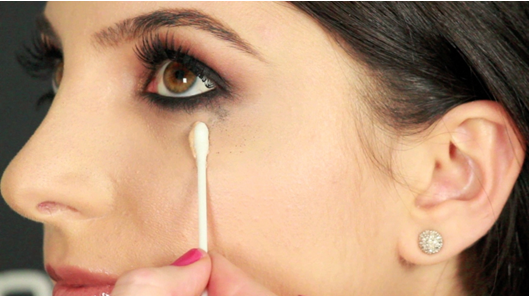 What to do if your eyeliner smudges?