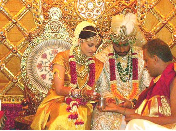 Aishwarya Raiand Abhishek Bacchan
