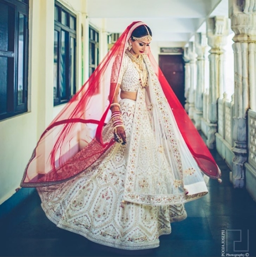 10 Wedding Lehenga Trends Of 2017 That Every Indian Bride Must - White Indian Wedding Dress