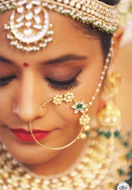 10 Real Brides And Their Minimal Nose Rings Show Us What S Trending