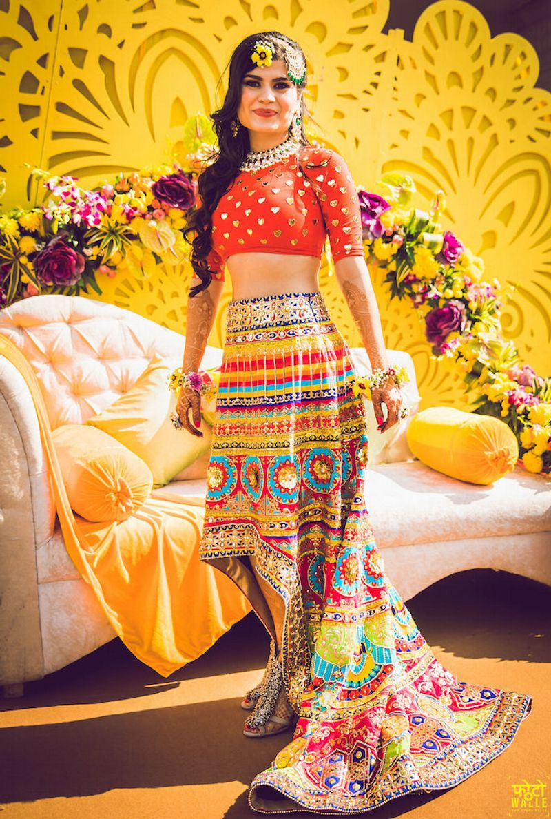 10+ Fresh \u0026 Offbeat Mehndi Outfits we spotted on Indian