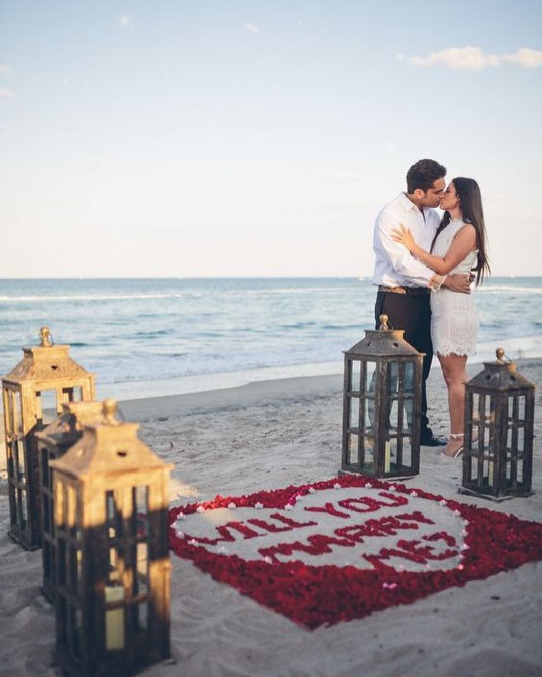 10 Most Unique, Creative And Romantic Proposal Ideas That